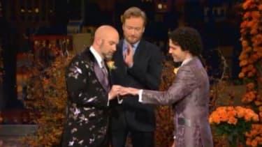Conan O'Brien officiates a same-sex marriage