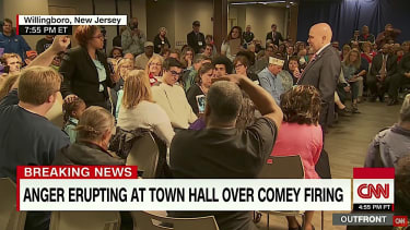 Tom MacArthur meets with his voters