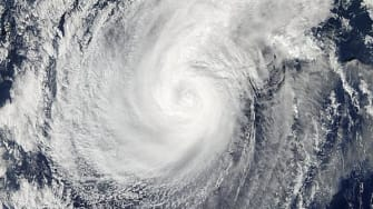 Typhoon Hagupit weakens as death toll climbs