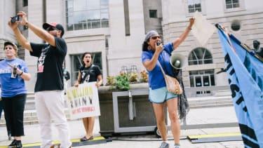 Despite executive amnesty, many illegal immigrants still fear deportation