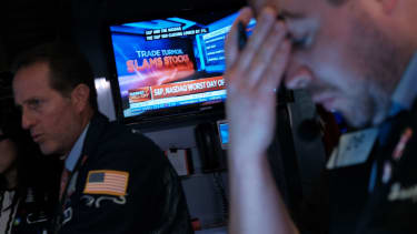 Traders on the NYSE during a stock plunge