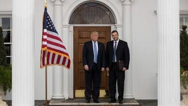 Trump interviews Kris Kobach for Cabinet position