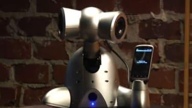 Shimi the dancing DJ robot