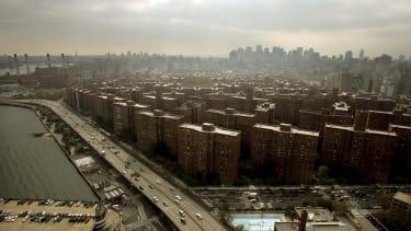 Manhattan apartment buildings for overpriced rent