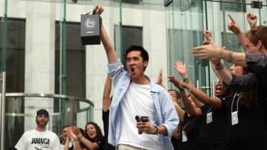2007 iPhone frenzy