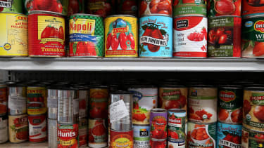 Survey finds that 25 percent of military families need help putting food on the table