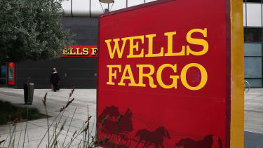 Brave Wells Fargo employee asks CEO for a raise — in an open letter to hundreds of thousands of employees