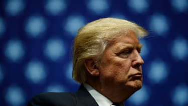 Donald Trump tweets out plans to hand control of business to two sons