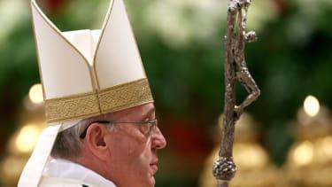 Pope Francis: Vatican officials suffer from 'spiritual Alzheimer's'