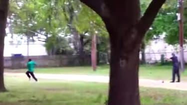 A screenshot of the Walter Scott video.