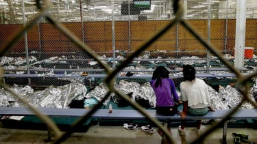 Dallas County volunteers to house more than 2,000 unaccompanied immigrant children
