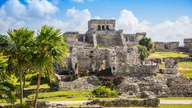 Ancient Mesoamerican cities show signs of democracy.