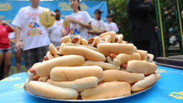 Hot dog enthusiasts really want their own emoji
