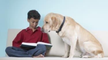 Kids who read aloud to a dog