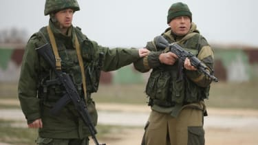 Ukraine troops kill 3 pro-Russia gunman, repel attack on base