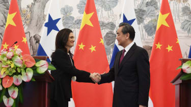 Panama and China open diplomatic relations, shutting out Taiwan