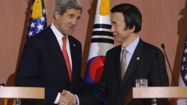 Secretary of State John Kerry shakes hands with South Korean Foreign minister Yun Byung-Se on April 12.