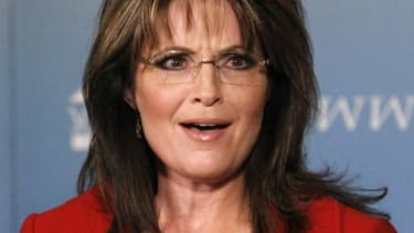 Sarah Palin and her daughter Bristol are expected to have trademarks on their names approved within three months.