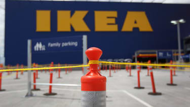 Ikea is raising its starting wage 17 percent, to an average of $10.76 an hour