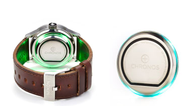 Chronos turns any watch into a smart watch.