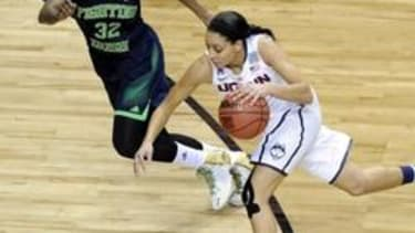UConn beats Notre Dame to win women's NCAA title