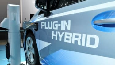 Automakers like Mitsubishi and Ford plan to debut their electric cars next year.