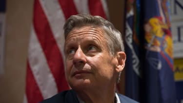 Gary Johnson doesn't sink in new national poll
