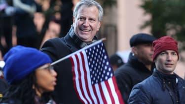 New York City Mayor Bill de Blasio is headed to Iowa.