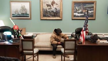 Rioters break into Nancy Pelosi office