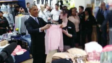 President Obama ran a quick errand at the Gap yesterday — just like you