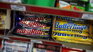 Candy makers are teaming up to reduce calories.