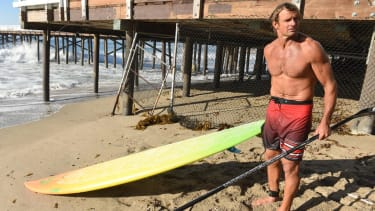 Watch legendary surfer Laird Hamilton 'shoot the pier' — twice