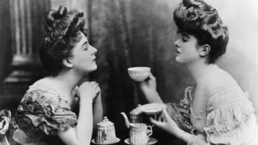 Victorian ladies drinking tea