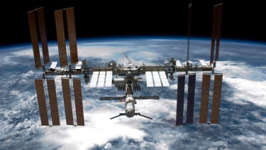Trump proposes privatizing the International Space Station