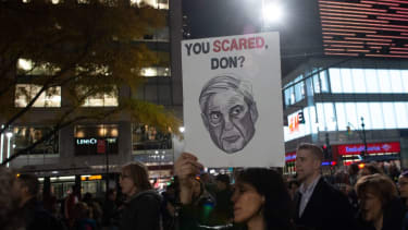 Protesters call for Robert Mueller's investigation to be protected