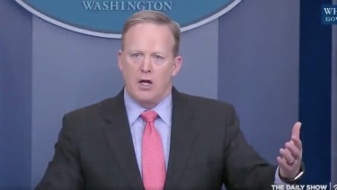 Sean Spicer counts to 100 to celebrate 100 days of the Trump presidency.