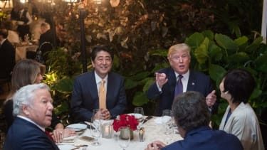 The Trumps and Abes dine at the Mar-a-Lago