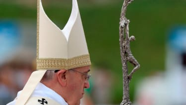 3 relatives of Pope Francis killed in car crash in Argentina