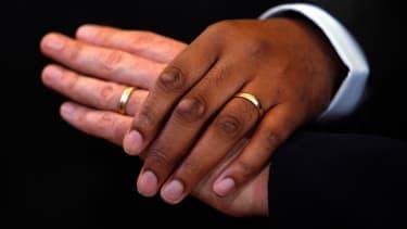 Federal court nixes Nevada, Idaho gay marriage bans