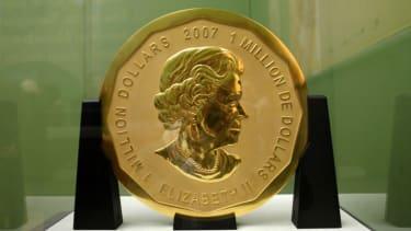 This 100 kg gold coin was stolen.