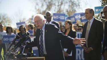 Sen. Jeff Merkley endorses Bernie Sanders