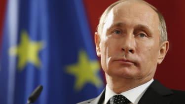 Vladimir Putin on Hillary Clinton: 'It's better not to argue with women'