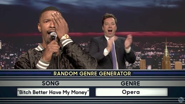 Jamie Foxx sings his heart out on The Tonight Show
