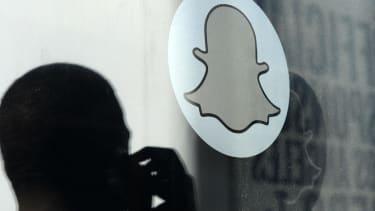 Facebook rolls out Slingshot, its second Snapchat killer