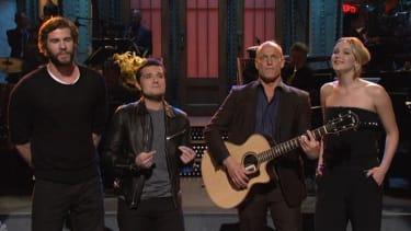 Woody Harrelson mistakes Jennifer Lawrence for Taylor Swift in pot-hazed SNL monologue
