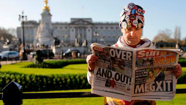 A British royalty super fan mourns