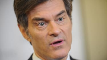 Senators make an example of Dr. Oz during hearing on fake diet products