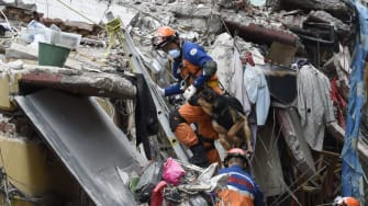 Earthquake rescue efforts in Mexico