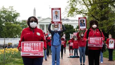 Nurses protest a lack of coronavirus protections