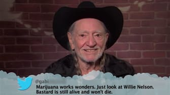Country music stars read mean tweets for Jimmy Kimmel